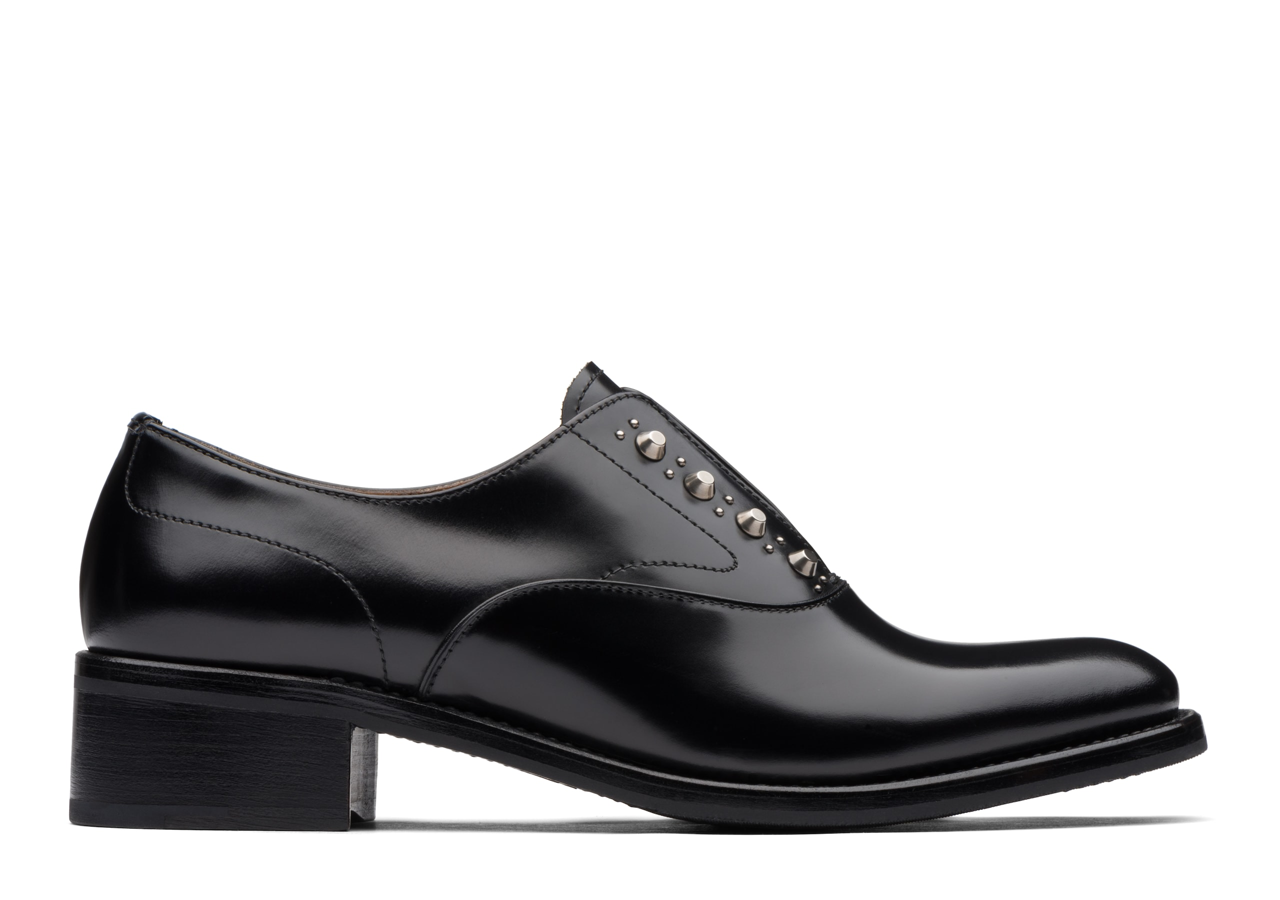 Issie r Church's Rois Calf Heeled Sip On Stud Black
