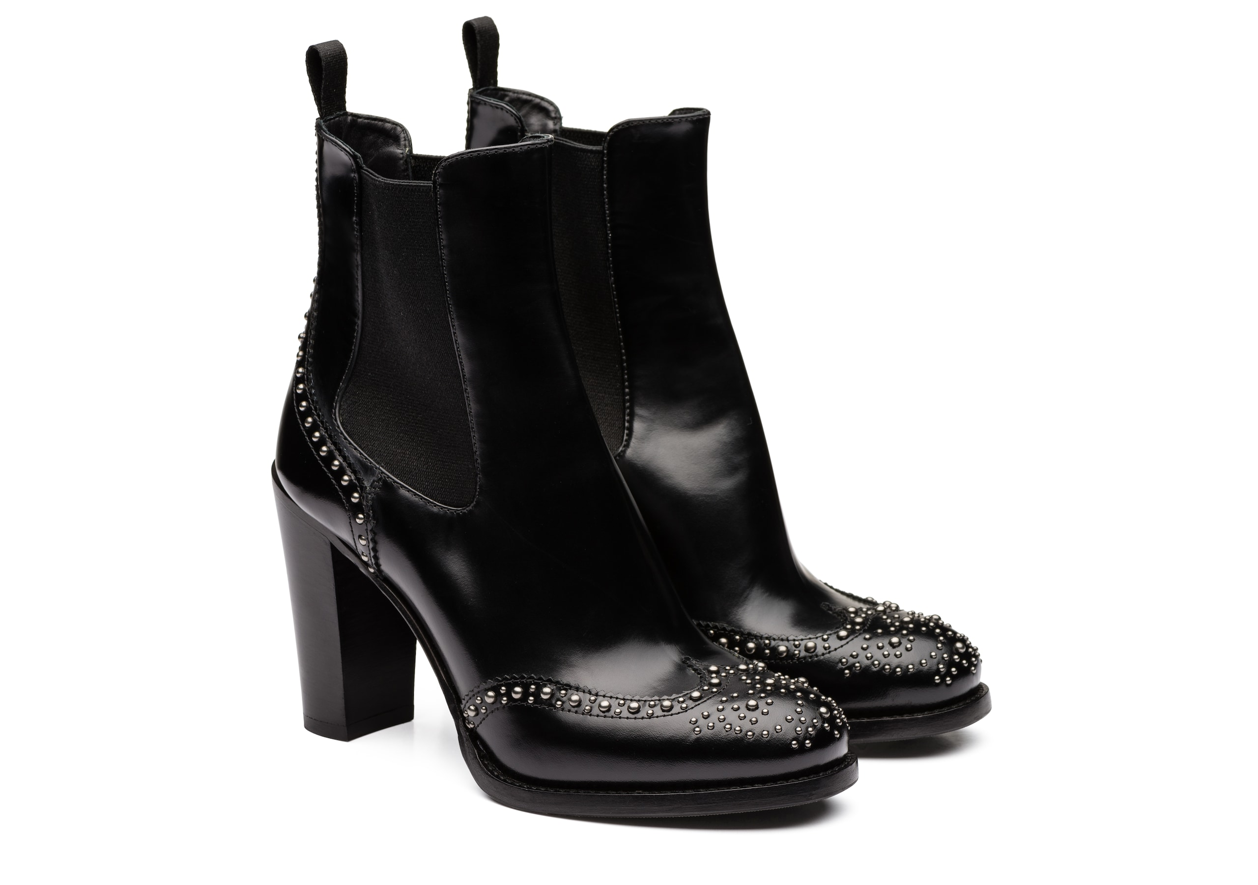 Ketsby 90 met Church's Polished Fumè Heeled Boot  Stud Black