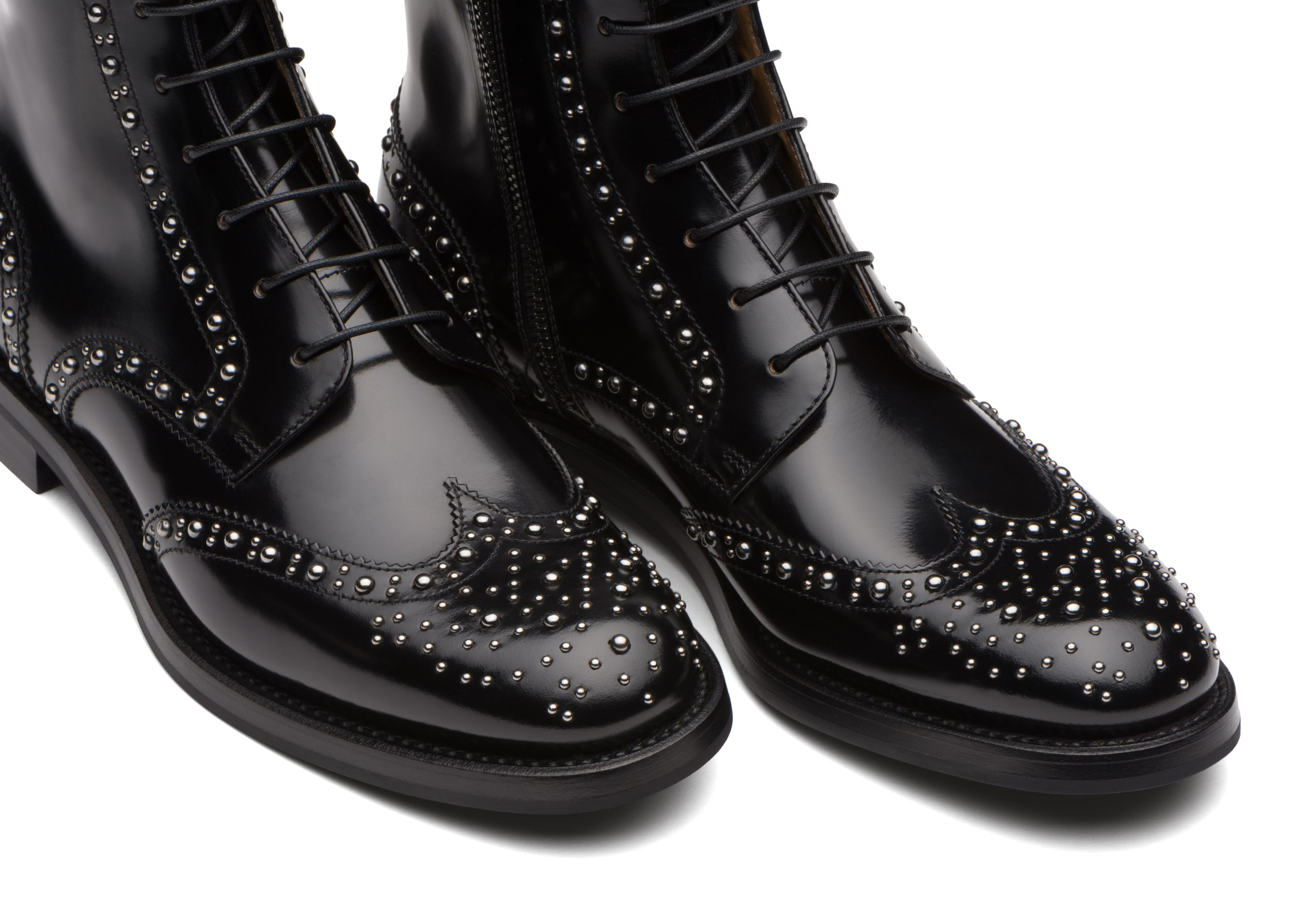 Cora met Church's Polished Binder Lace-Up Boot Stud Black