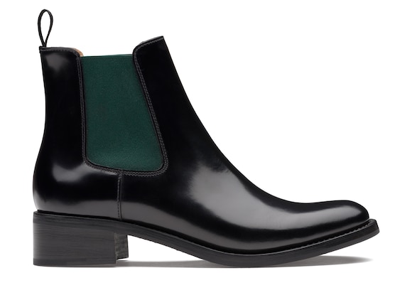 Church's true Polished Fumè Chelsea Boot Black/military green