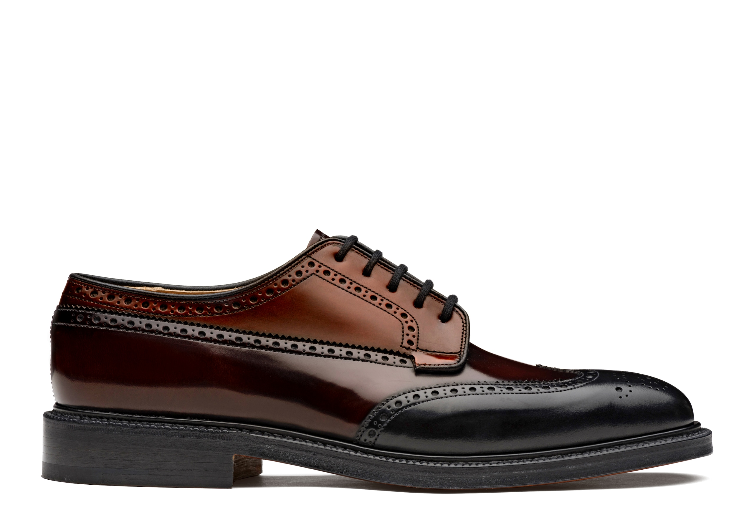 Grafton Church's Derby Brogue in Pelle di Vitello Spazzolato Tricolore Nero