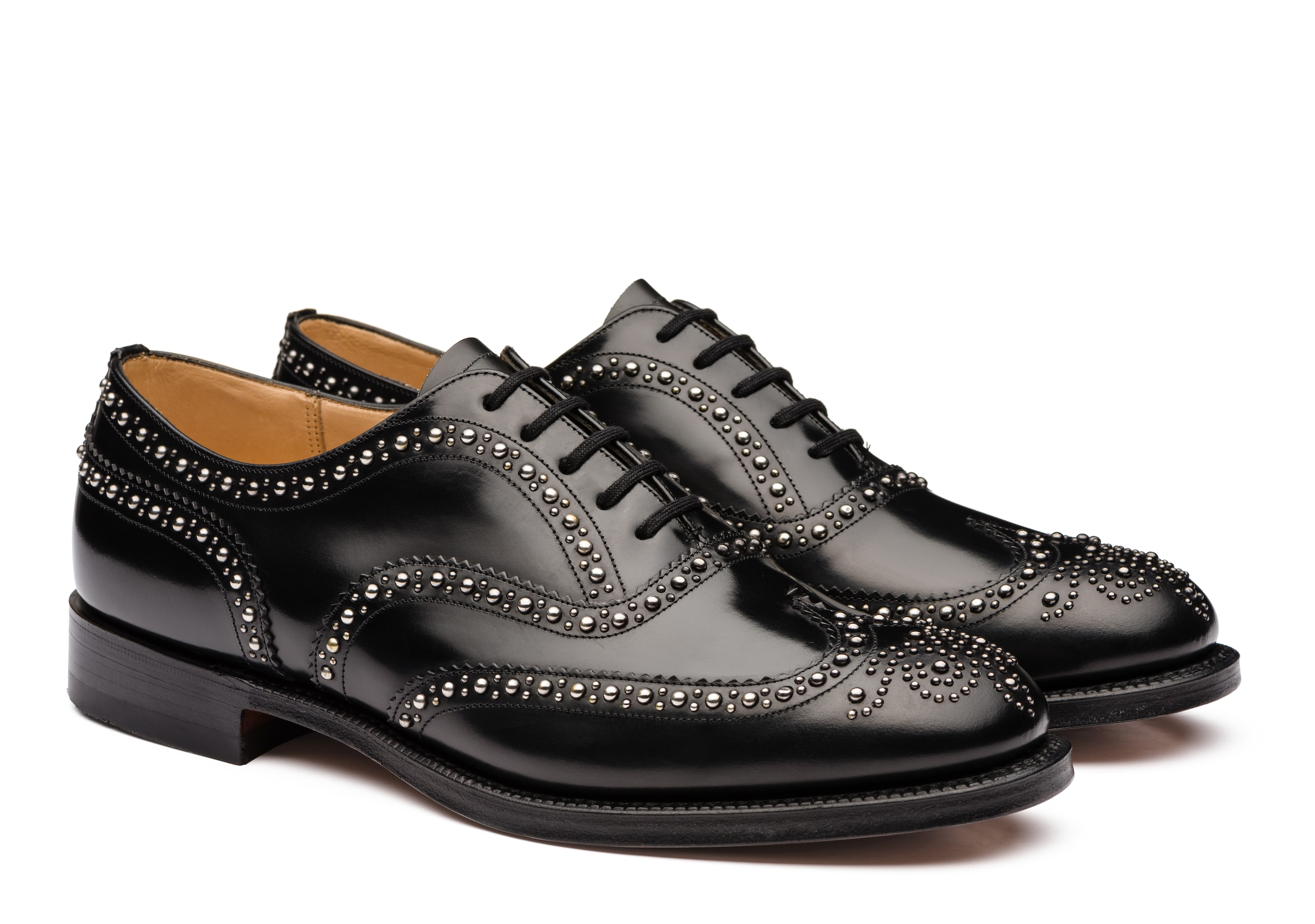 Burwood  2s Church's Oxford Brogue in Pelle di Vitello Spazzolato Borchia Nero